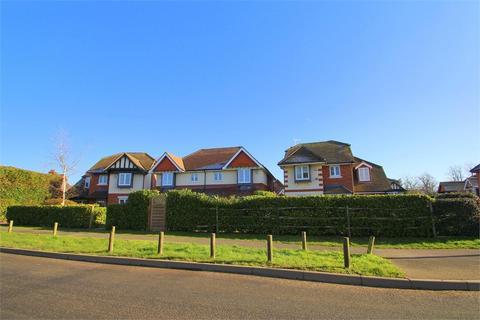 3 bedroom semi-detached house to rent - Swallow Fields, Iver Heath, Buckinghamshire