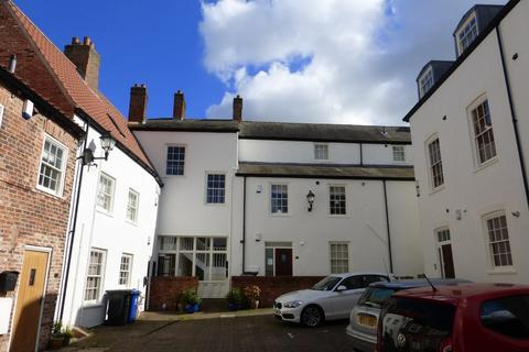 2 bedroom apartment to rent - Coach House Court, Caistor
