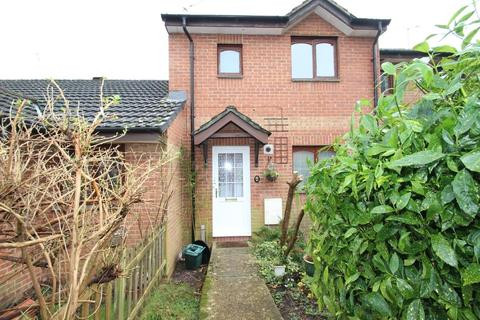 3 bedroom terraced house to rent - Mary Rose Avenue, Wootton Bridge