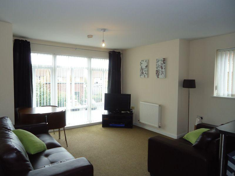2 Bedrooms Apartment Flat for sale in Richmond Court, Widnes