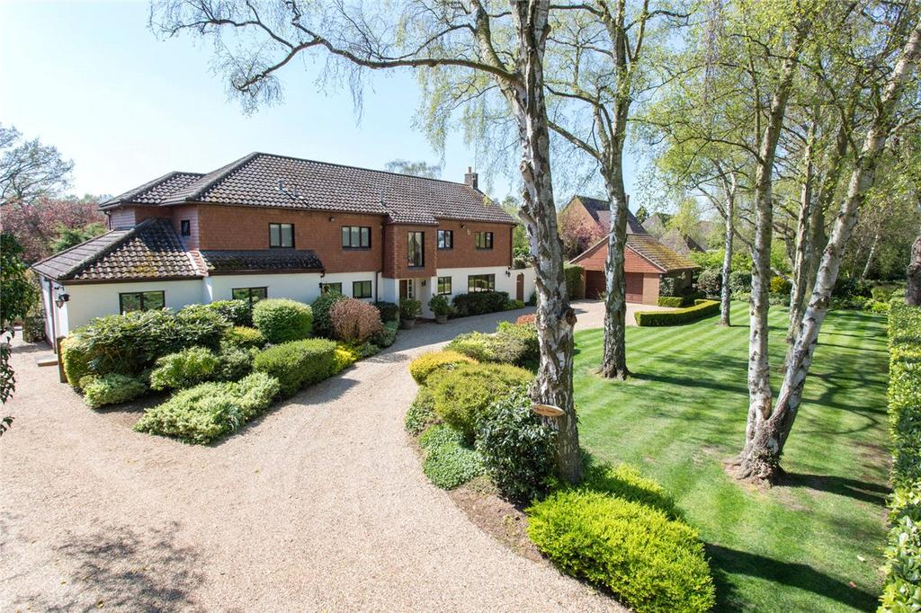 5 Bedrooms Detached House for sale in Moulton Lane, Boughton, Northamptonshire, NN2