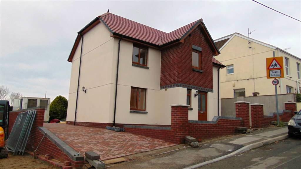 4 Bedrooms Detached House for sale in School Road, Llanelli