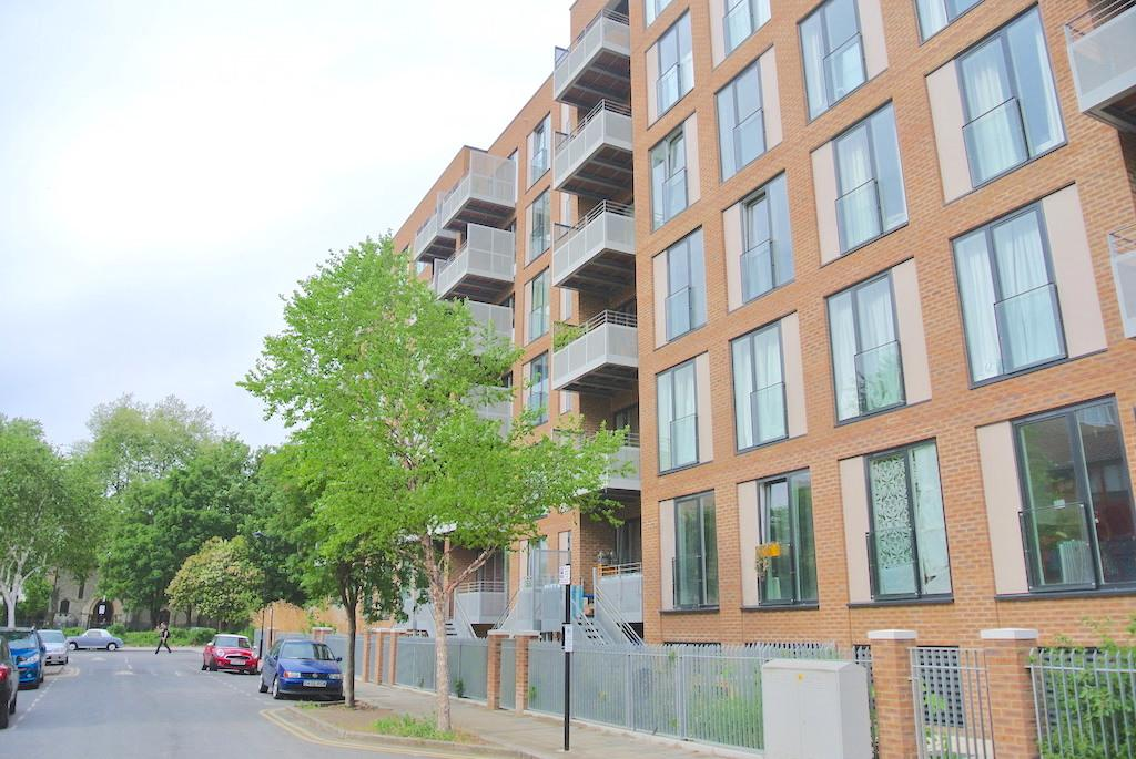 2 Bedrooms Flat for sale in North Mill Apartments, Lovelace Street, Hackney, London E8