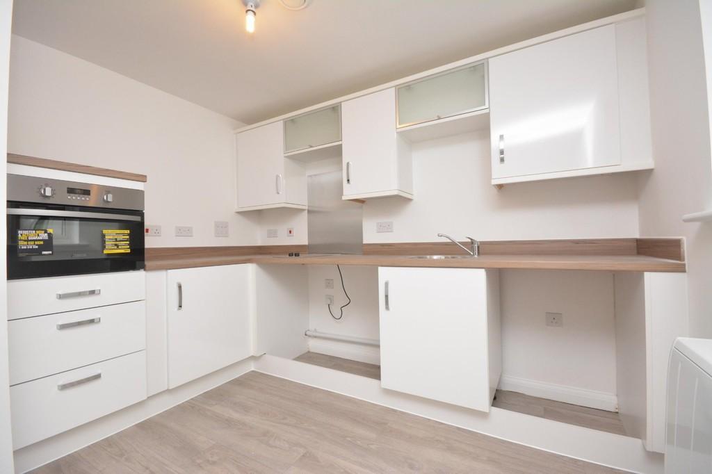1 Bedroom Ground Flat for rent in Albert Way, East Cowes