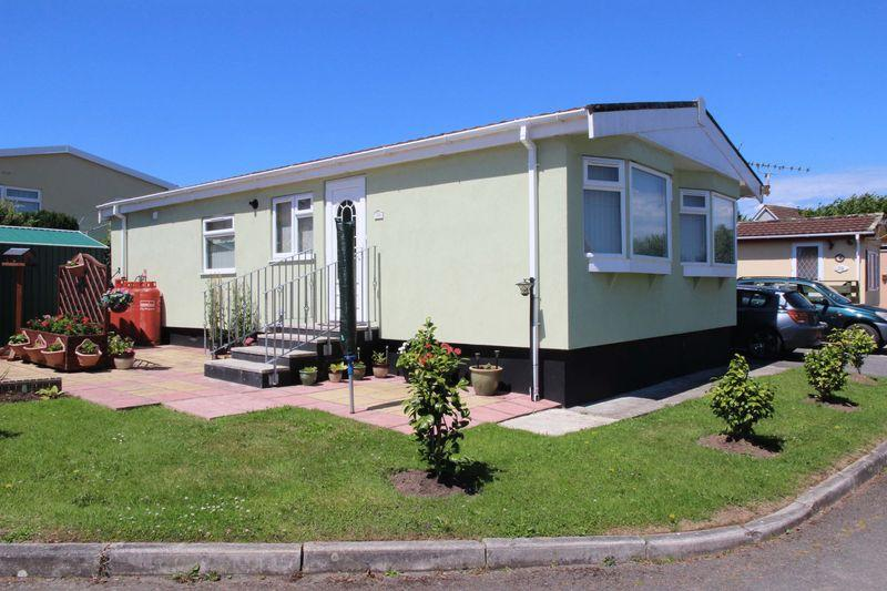 2 Bedrooms House for sale in Sun Valley Park, St Columb
