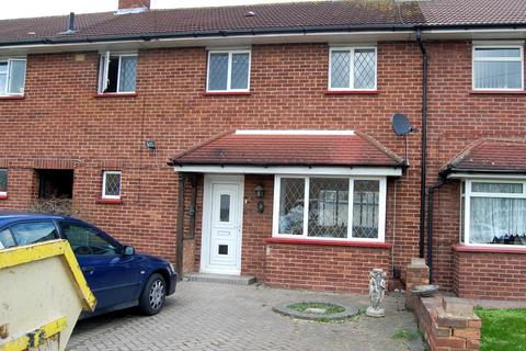 3 bedroom terraced house to rent - Mulberry Crescent, West Drayton, Middlesex, UB7