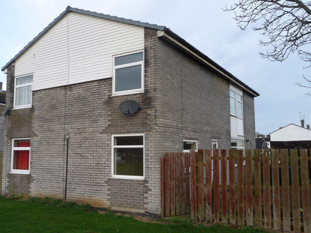 2 Bedrooms Semi Detached House for rent in Leven Walk, Peterlee