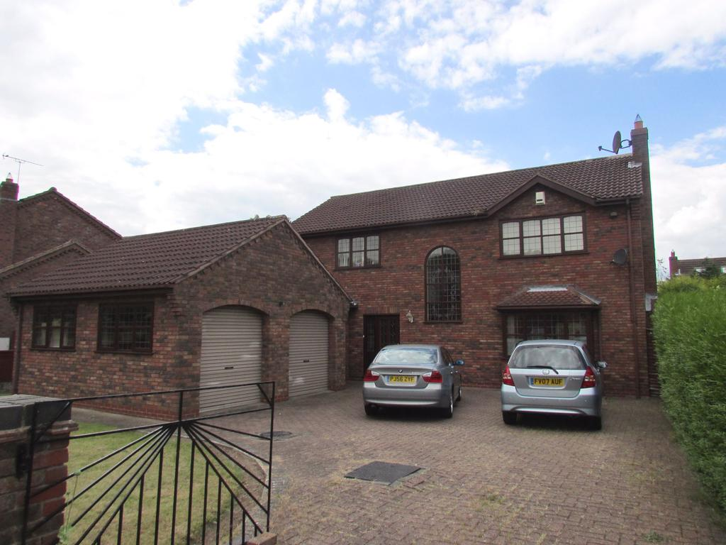 4 Bedrooms Detached House for sale in Avenue Clamart, Skippingdale, Scunthorpe, Lincolnshire, DN15