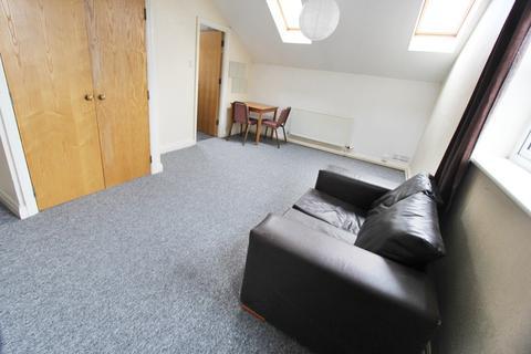 Studio to rent - Ashton Old Road, Openshaw, Manchester, M11