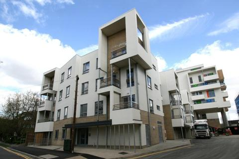 1 bedroom apartment to rent - Glenalmond Avenue, Cambridge