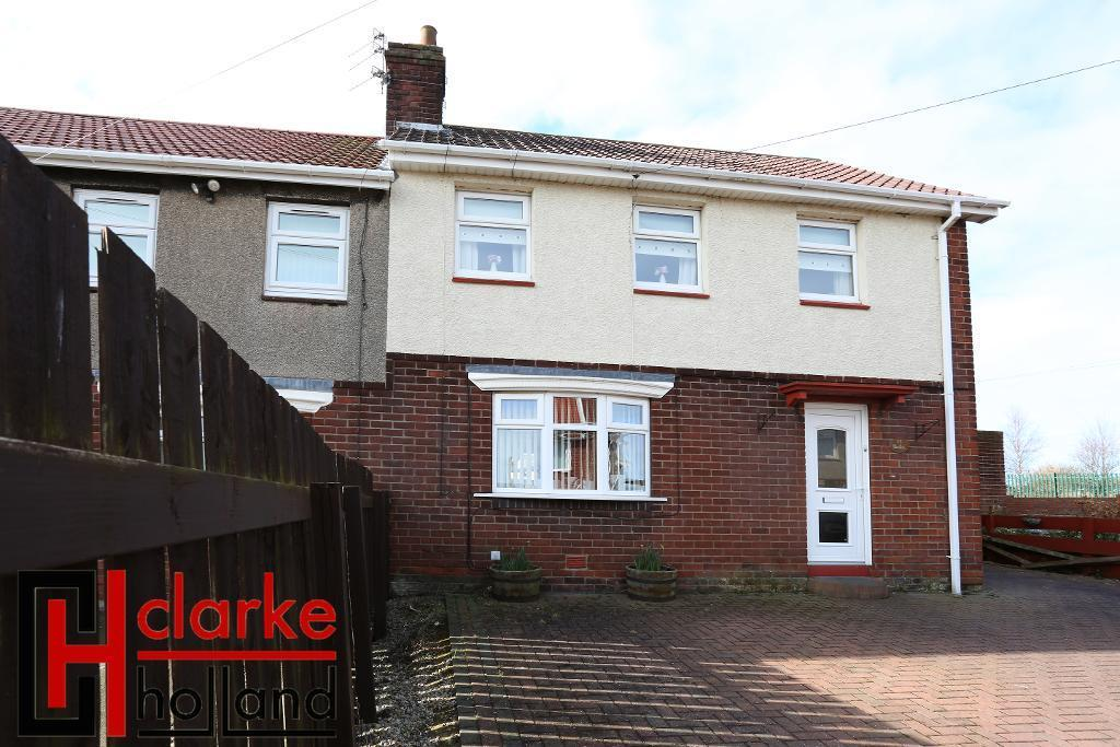 3 Bedrooms Semi Detached House for sale in Woodlea, Newbiggin by the sea, NE64 6HH