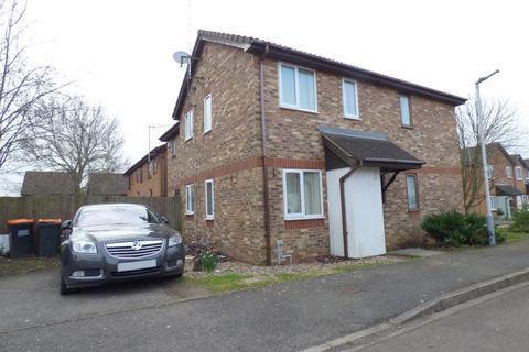1 bedroom cluster house to rent - Furze Close, Bushmead, Luton, Beds, LU2 7UB