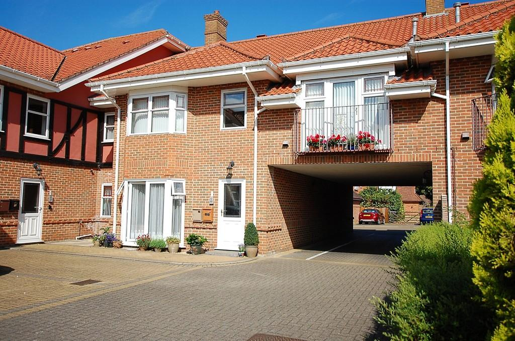 1 Bedroom Apartment Flat for sale in Sutherland Court Gardens, Cromer