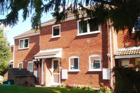 2 bedroom flat to rent - Old Lakenham Hall Drive, Norwich