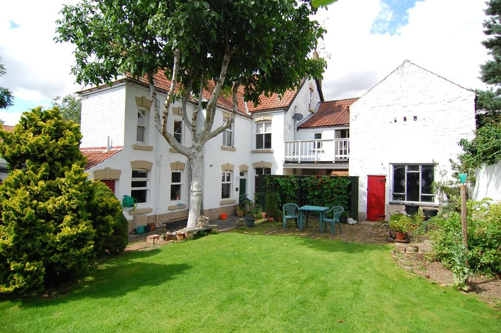 6 Bedrooms Detached House for sale in Lichfield Street, Fakenham