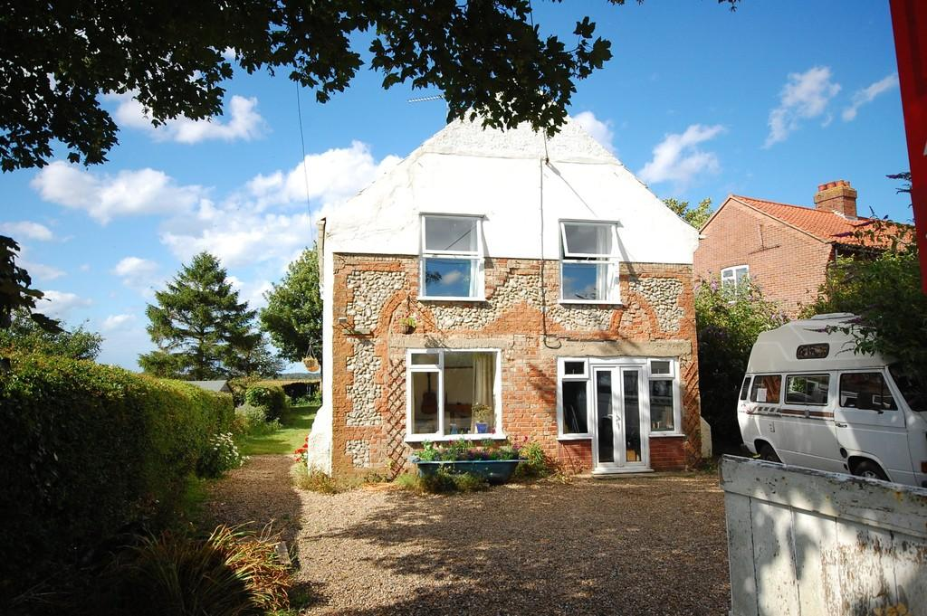 3 Bedrooms Detached House for sale in Chapel Lane, Hempstead