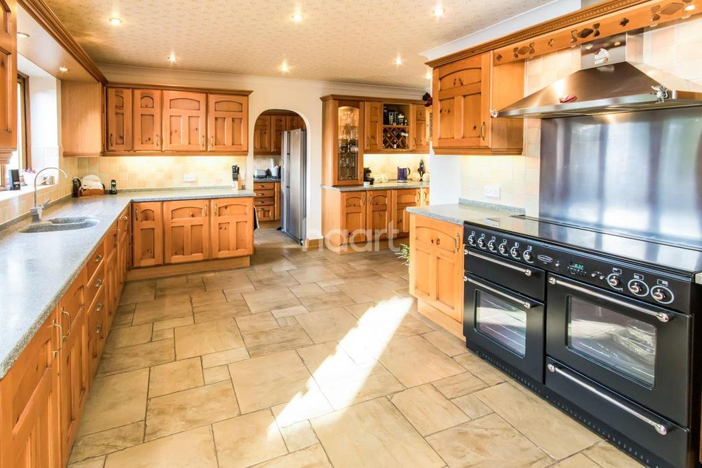 5 Bedrooms Bungalow for sale in Bellwood Grange, Cherry Willingham, Lincoln, LN3