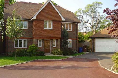 5 bedroom detached house to rent - Oxfordshire Place, Warfield, Bracknell RG42