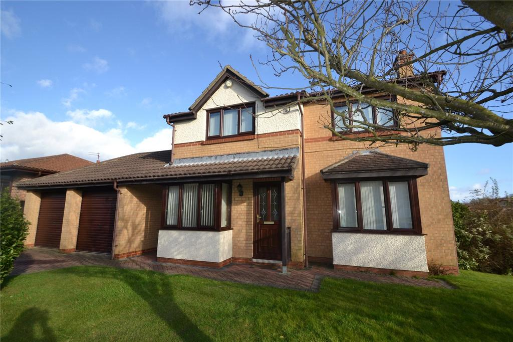 4 Bedrooms Detached House for sale in Carrock Close, Oakerside, Peterlee, Co.Durham, SR8