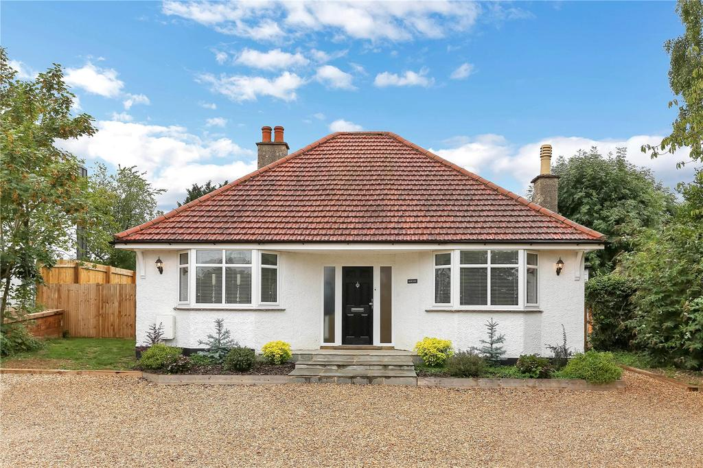 2 Bedrooms Detached Bungalow for sale in Priory Road, Stamford, Lincolnshire