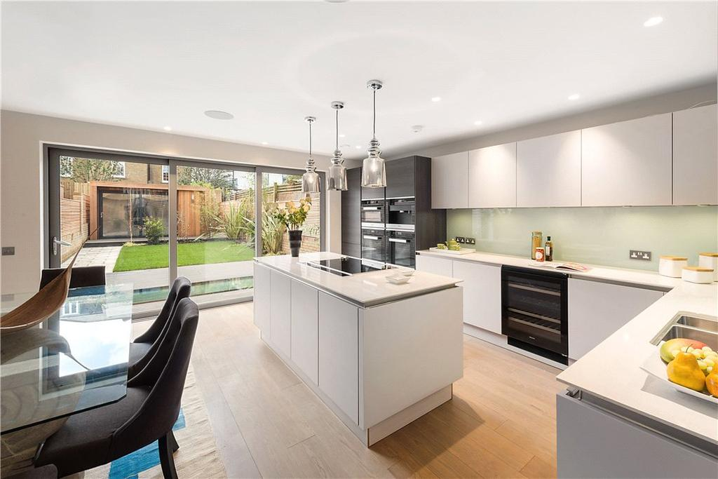 5 Bedrooms Residential Development Commercial for sale in Charles Baker Place, Wiseton Road, London, SW17