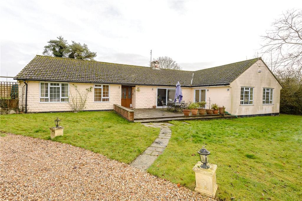 4 Bedrooms Detached Bungalow for sale in Tangley, Andover, Hampshire, SP11
