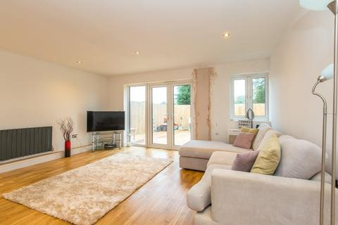 3 bedroom detached house for sale - Highbank, Brighton, BN1 5GB