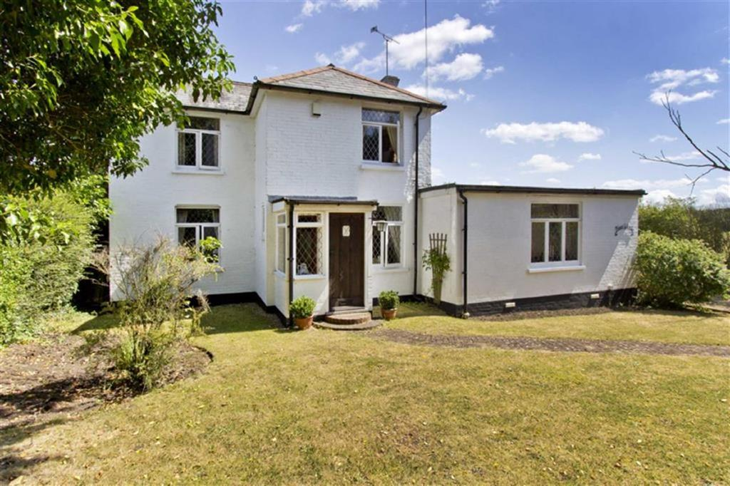 3 Bedrooms Detached House for sale in New Road, Egerton, Ashford