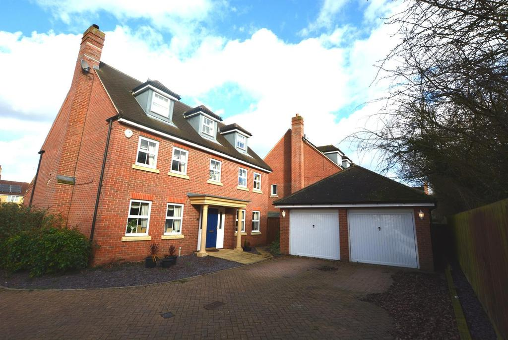 6 Bedrooms Detached House for sale in Harvest Fields, Brewers End, Takeley, Bishop's Stortford, Hertfordshire, CM22