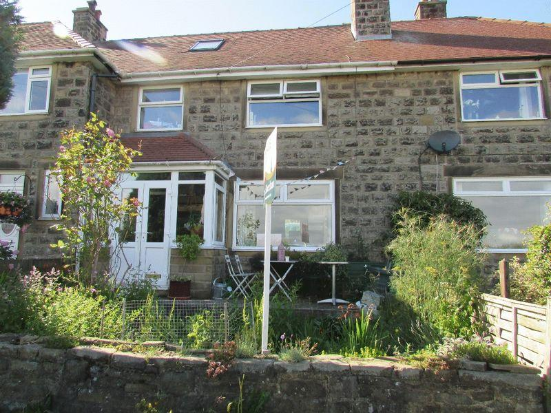 3 Bedrooms Terraced House for sale in Southfield, Heptonstall