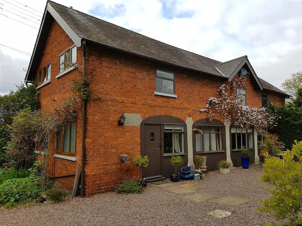 4 Bedrooms Detached House for sale in Weston Lullingfields, Shrewsbury