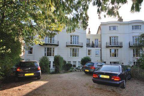 2 bedroom flat to rent - Grove Hill Gardens, Tunbridge Wells