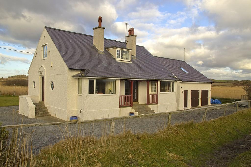 5 Bedrooms Detached House for sale in Glan Towyn, Rhoscolyn
