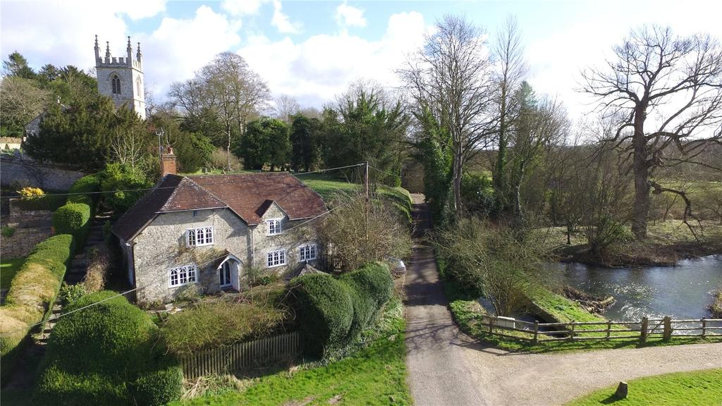 3 Bedrooms Detached House for sale in Fisherton De La Mere, Warminster, Wiltshire