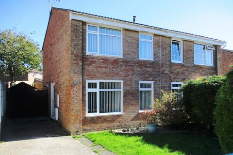 3 bedroom semi-detached house to rent - Maes Talcen, Brackla, Bridgend County Borough, CF31 2LQ