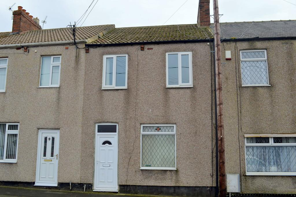 3 Bedrooms Terraced House for sale in Margaret Street, Ludworth