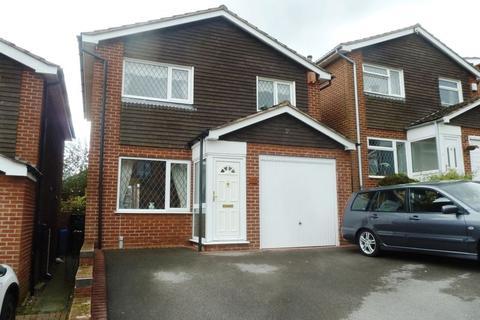 3 bedroom detached house to rent - Bream Way, Stoke-On-Trent.