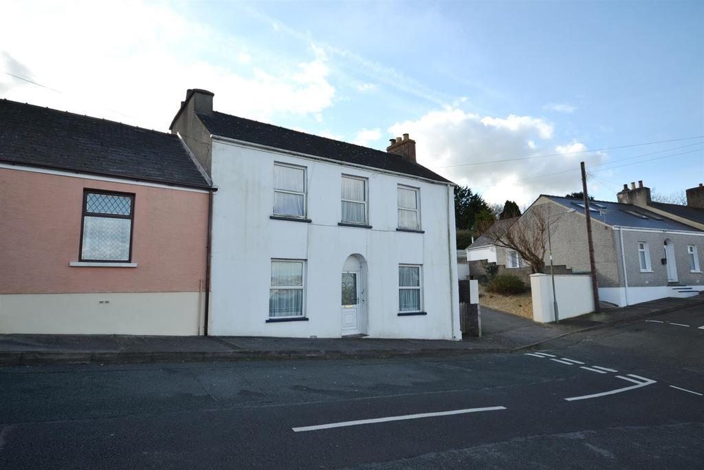 3 Bedrooms End Of Terrace House for sale in Milton Terrace, Pembroke Dock