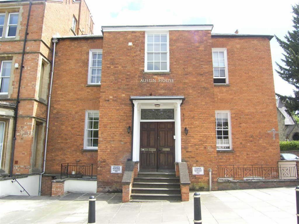3 Bedrooms Flat for sale in Austin House, Banbury