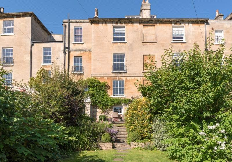 4 Bedrooms Terraced House for sale in Lyncombe Hill, Bath, BA2