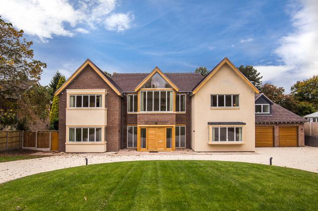 6 Bedrooms Detached House for sale in Squirrel Walk,Little Aston Park,Sutton Coldfield