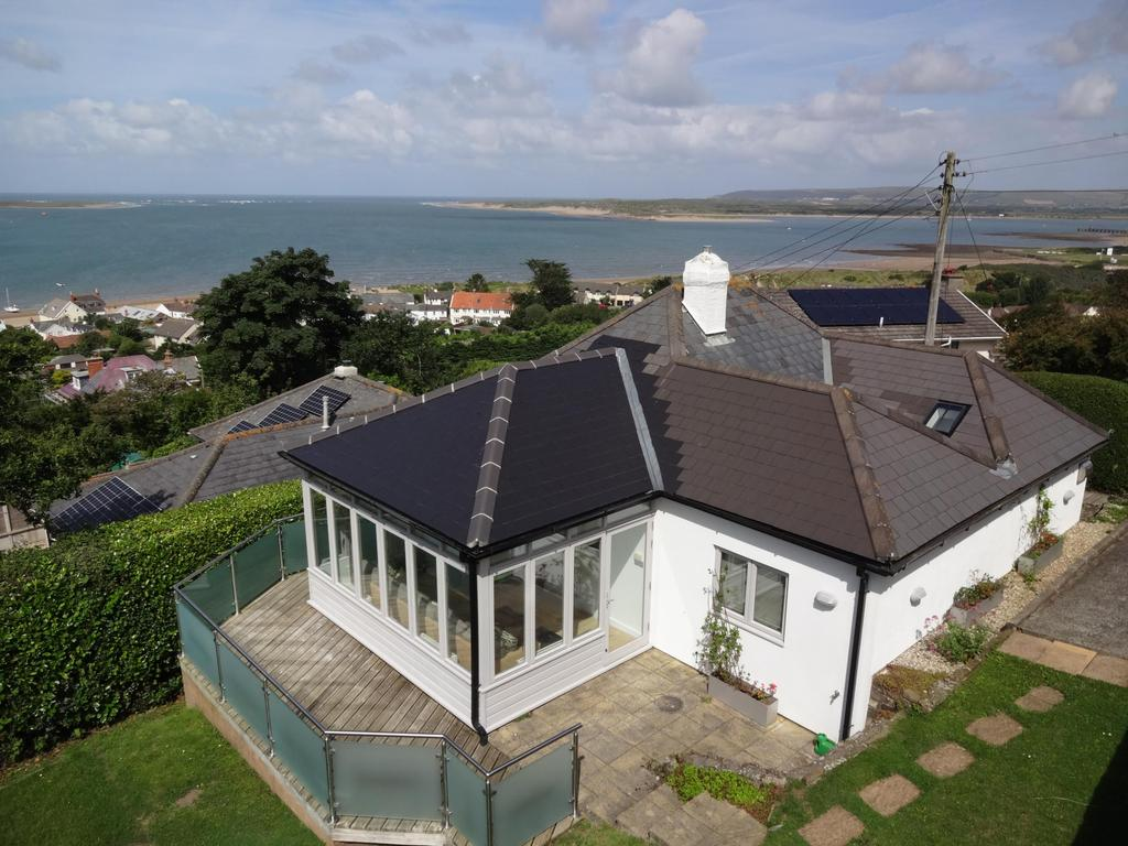 2 Bedrooms Bungalow for sale in Millards Hill, Instow