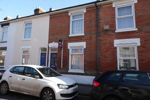 4 bedroom terraced house to rent - Eton Road, Southsea