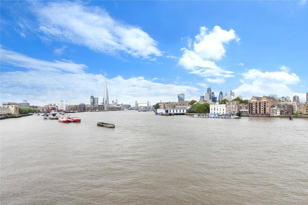 2 Bedrooms Flat for sale in New Archers Court, 99 Rotherhithe Street, Rotherhithe, London