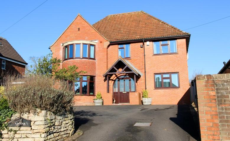 5 Bedrooms Detached House for sale in Springfield Avenue, Bridgwater TA6