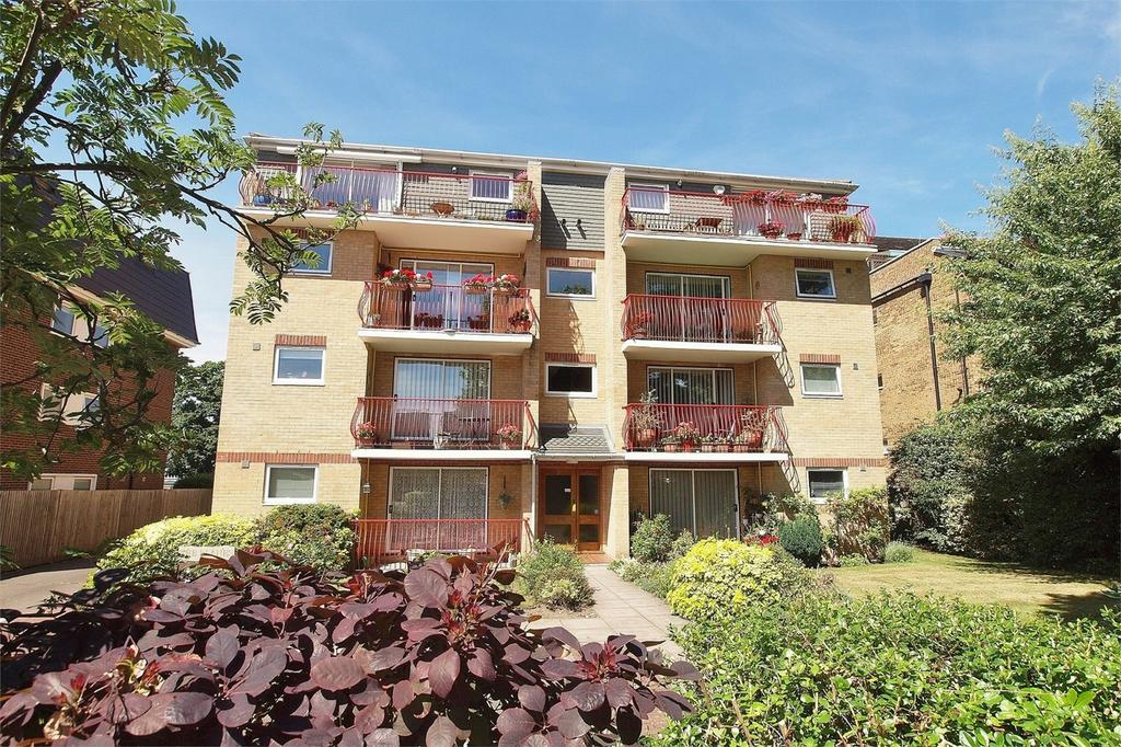 2 Bedrooms Flat for sale in The Planes, 3 Overbury Avenue, Beckenham