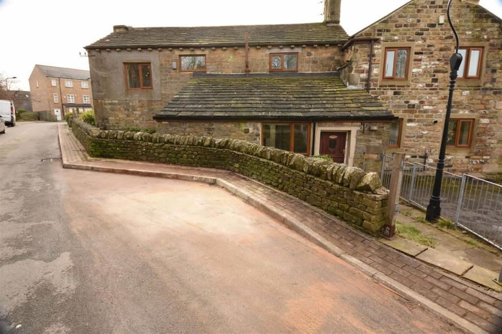 3 Bedrooms Semi Detached House for sale in Manorley Lane, Bradford