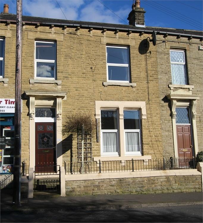 4 Bedrooms End Of Terrace House for sale in Oxford Road, Gomersal
