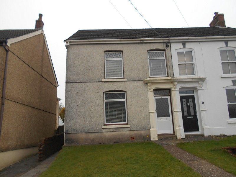 3 Bedrooms Semi Detached House for sale in Gynol Road, Cwmllynfell, Swansea.