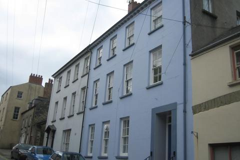 2 bedroom flat to rent - 10 Goat Street, Flat 5, Haverfordwest. SA61 1PX